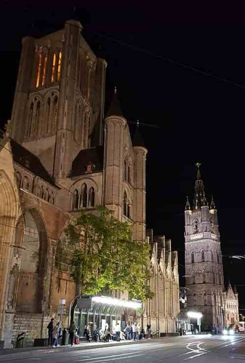 The Belfont (Belfry) in Ghent at night
